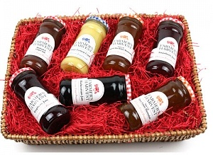 family-hamper-300x300