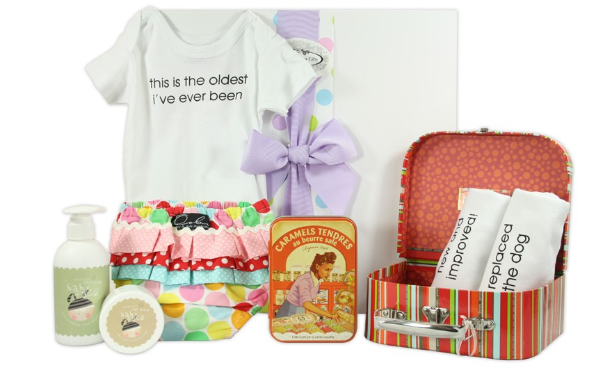 1st birthday hamper-unique and exclusive gift sets for the new born