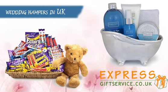5_wedding hampers